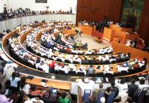 "Vote du projet de loi: ""Macky Sall a corrompu les députés"", Mbacké Bara Dolly"